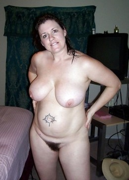 Natural mature women hairy cunt