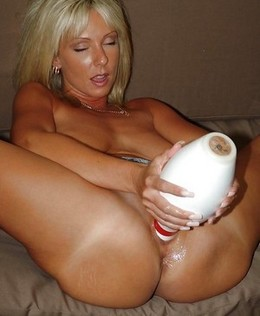 Amazing pussy dildo pic with gorgeous..